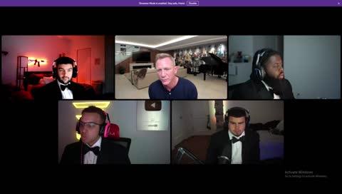007電影男主Daniel Craig接受實況訪問,突然被怪奇比莉(Billie Eilish) GANK