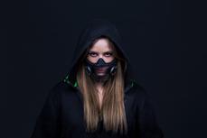 Razer概念性智慧口罩是會發光的RGB口罩