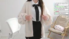 韓國的女學生制服也蠻好看的