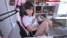 薇薇超正人妻<3 美腿露出